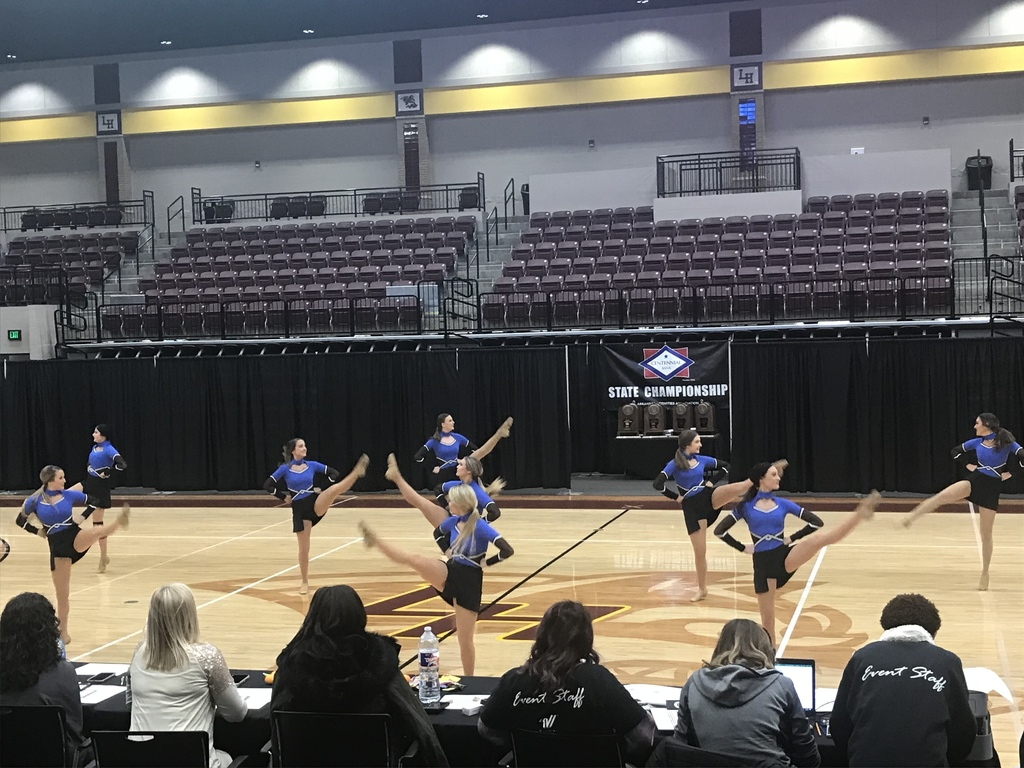 MVHS DANCE PERFORMING HIHG KICK ROUTINE. 11/9/2019